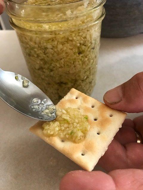 How do you peel and mince garlic? #HeatherEarles #herbnwisdom #naturalliving #garlic #garden #cloves