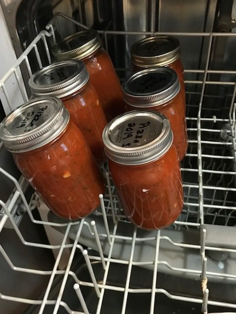 Easy Homemade Pizza Sauce #heatherearles #herbnwisdom #marinade #canningpizzasauce #Christmasgiftideas #pizza #naturalliving #howtomakepizzasauce