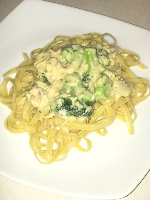finished Chicken Alfredo #heatherearles #herbnwisdom #chickenalfredo #dinnerideas #podcaster #healthyliving #blogger #author