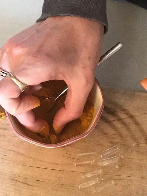 filling capsules