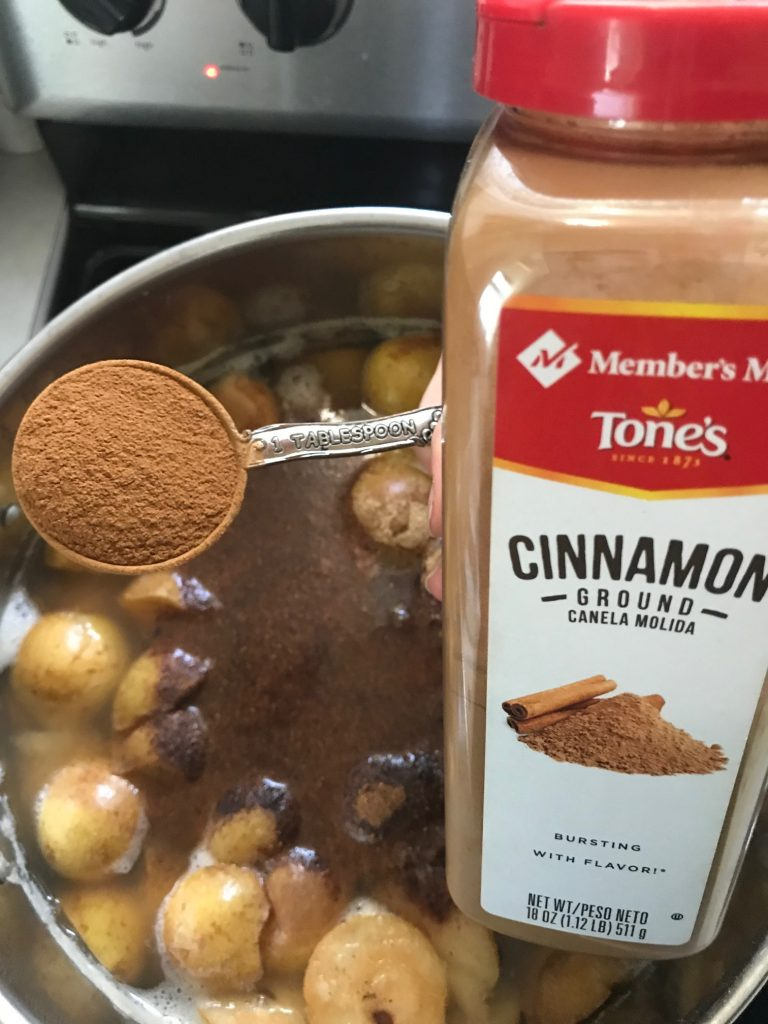 adding cinnamon to pears