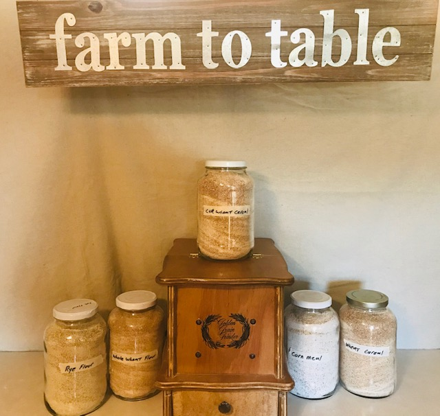 Farm to Table ground wheat flour and Indian corn #heatherearles #herbnwisdom #naturalliving #grindingwheat #heritagecorn