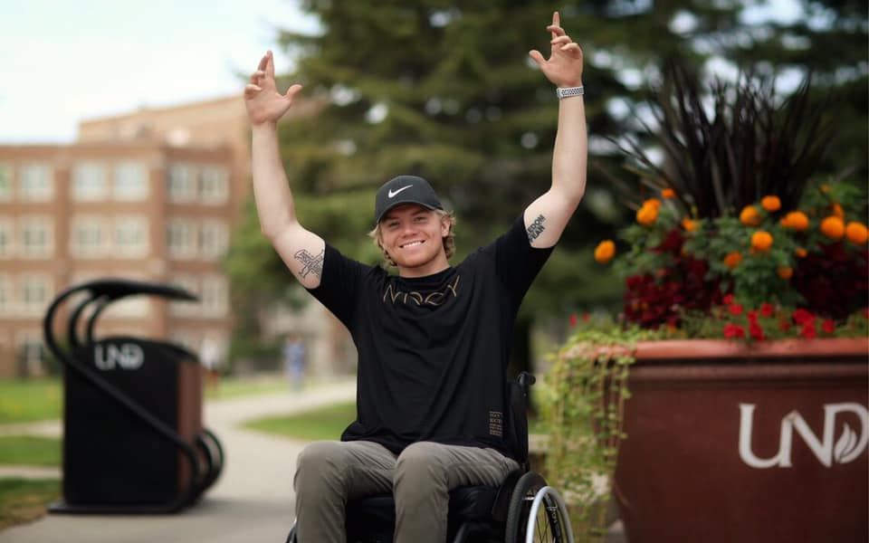 Hunter Pinke- A story of overcoming hurdles #heatherearles #hunterpinke #PinkeStrong #herbnwisdom #inspiredathletes #footballnews